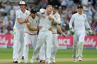 England wins 4th Test by innings and 78 runs, regain Ashes