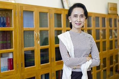 Aung San Suu Kyi: Myanmar rebels shouldn't sign peace deal in haste