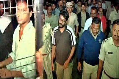 Police arrest 5 FTII students on charges of rioting