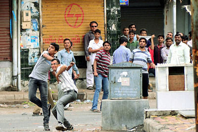 6 dead in Modi's Gujarat