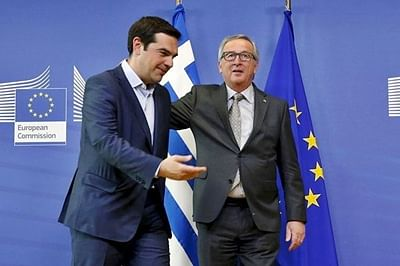 German MPs expected to vote in favour of third Greek bailout