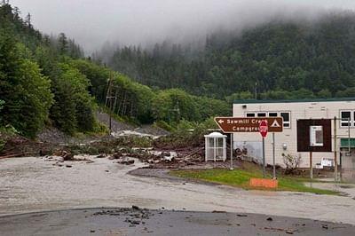 4 people missing after several landslides in Alaska