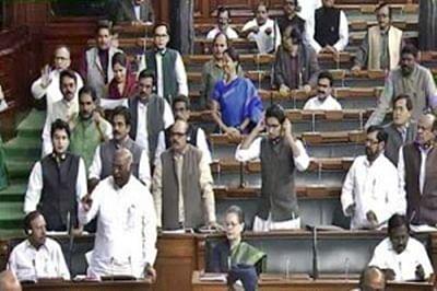 Lok Sabha passes bill on payment of bonus