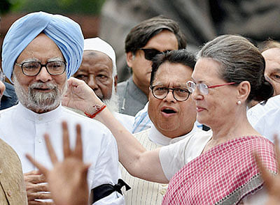 Cong duplicity on CAB: When MMS and Advani were on the same page and wanted to give citizenship to minorities
