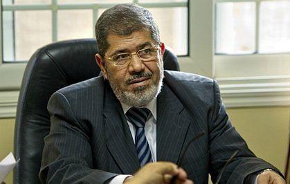 Egypt court orders retrial of 77 Muslim Brotherhood supporters