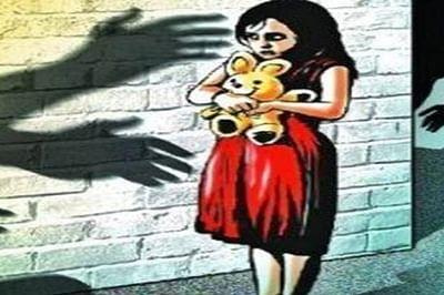 Mumbai: 55-year-old Mushtaq Sakarkar sexually assaults minor sisters