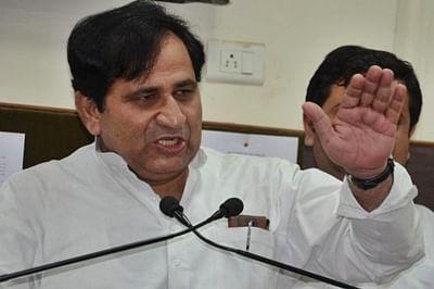 Parrikar's warning won't send strong message to Pak: Congress