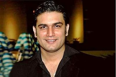 I don't over-commit for money: Sharad Kelkar