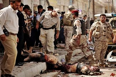 2 Iraqi army generals killed in IS suicide bombing