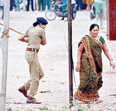 9 Gujarat cops booked in alleged custodial death