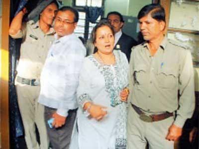 Himani Shivpuri gets bail in cheating case