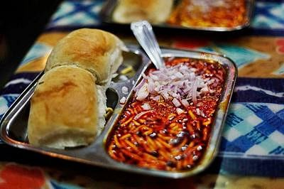 Mumbai Crime: Two held for stealing 80 kg butter, 20 kg cheese from Cannon pav bhaji shop