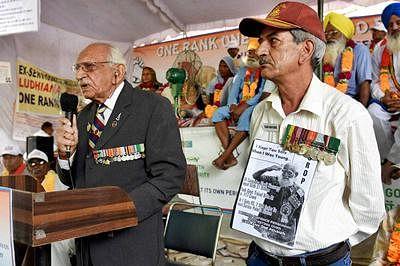 OROP: Protesting ex-servicemen to start returning medals