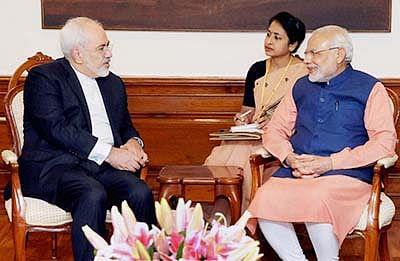 Modi meets Iran minister,  pledges funds for key port