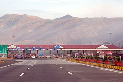 Mumbai-Pune Expressway: Private firm to continue collecting toll till 2030, MSRDC tells Bombay HC