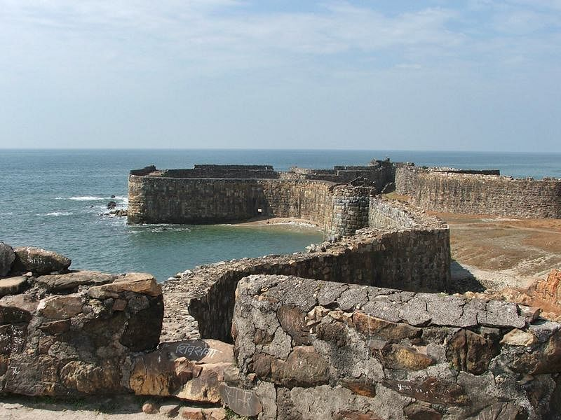 Sindhudurg Fort<br />Picture credits: www.holidayiq.com