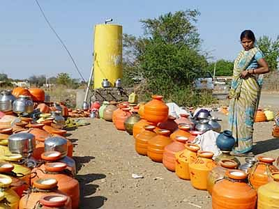 Maha stares at acute water scarcity, State govt steps in