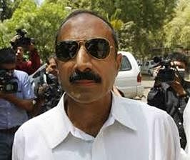 Sanjiv Bhatt gets  nod to go abroad