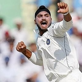 Harbhajan Singh chides Adam Gilchrist after he reacts to 2001 hat-trick