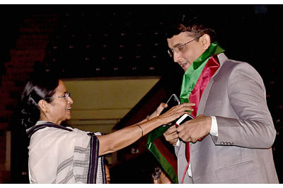 'You've made India, Bangla proud': Mamata Banerjee wishes Sourav Ganguly on being elected BCCI President