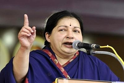 Hand severed TN maid arrives, Jaya announces Rs.10 lakh aid