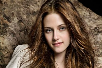 K-Stew opens up about her 'dating life'