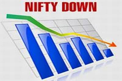 Nifty slips 19 points to end lower, banks decline