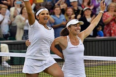 Sania Mirza-Martina Hingis extend winning streak in Sydney