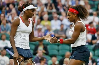 Serena Williams fends off sister Venus Williams to reach US Open semis