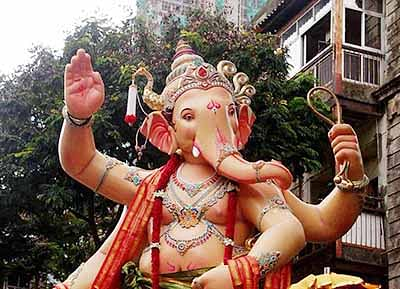 Mandals to go ahead with Ganesh festival despite lack of permission