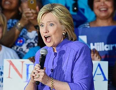 Hillary campaign gains momentum,  has whopping $33 million in cash