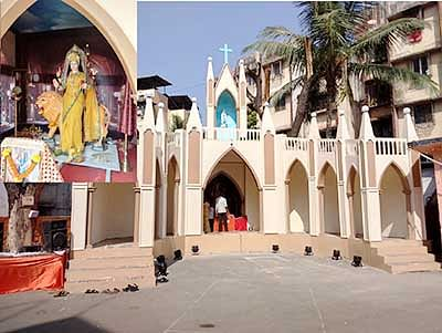 At this mandal, divinity knows no religion
