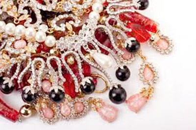 Gems, jewellery sector expects $41 billion exports in FY18