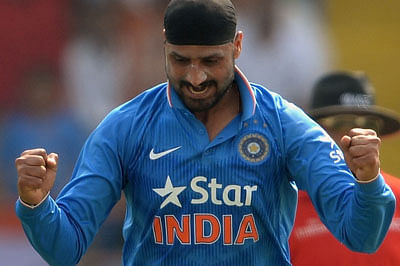 Harbhajan's bunny Gilchrist admits spinner had the better of him