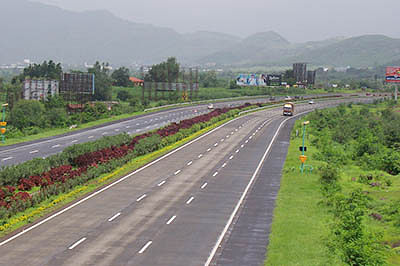 Plan to augment Mum-Pune Expressway clears one hurdle