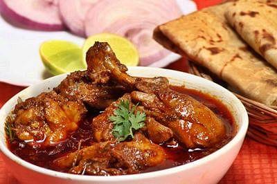 Satiate your taste buds with authentic Maharashtrian food in Mumbai