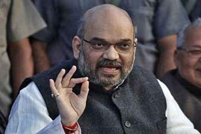 Modi talks of unity, Amit Shah does diversity; mocks Congress