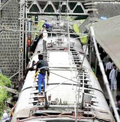 Razing of bridges: CR  want utilities shifted