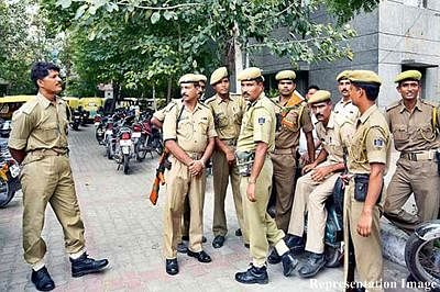Delhi Police indulging in 'moral policing', alleges Congress