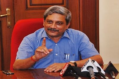 We support inclusion of women in fighter squadrons: Manohar Parrikar