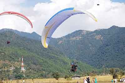 It's more than flying this weekend in Himachal Pradesh's Dhauladhars