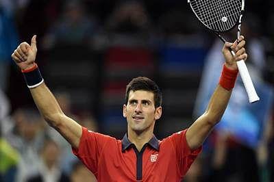 Novak Djokovic cruises, Andy Murray battles into Shanghai Masters quarters