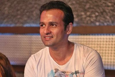 Rohit Roy to turn director with film produced by Sanjay Leela Bhansali