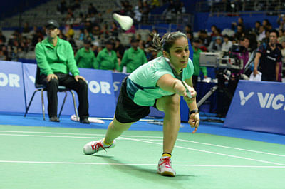Saina Nehwal sails into semis