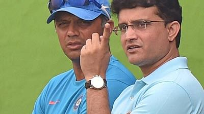 Sourav Ganguly (R) and (L) Rahul Dravid