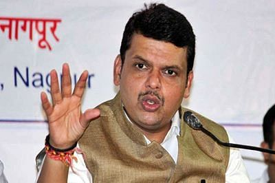 Maha CM declares additional funds for drought-hit districts