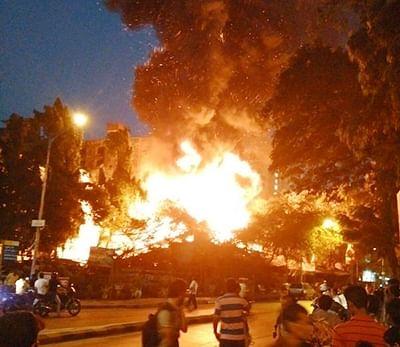 Major fire breaks out  in Kandivali