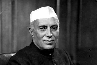 Nehru vs Modi? As Congress and BJP spar over MP Raj Bhavan anecdote, Twitter is impressed by first PM's choice of cigarette brand