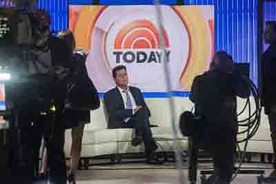 NEW YORK, NY - NOVEMBER 17: Actor Charlie Sheen waits on the set of the Today Show before formally announcing that he is H.I.V. positive in an interview with Matt Lauer on November 17, 2015 in New York City. Sheen says he learned of his diagnosis four years ago and was announcing it publically to put an end to rumors and extortion.   Andrew Burton/Getty Images/AFP == FOR NEWSPAPERS, INTERNET, TELCOS & TELEVISION USE ONLY ==