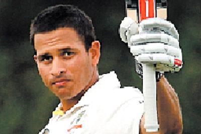 Usman Khawajaruled outfor 2 Tests